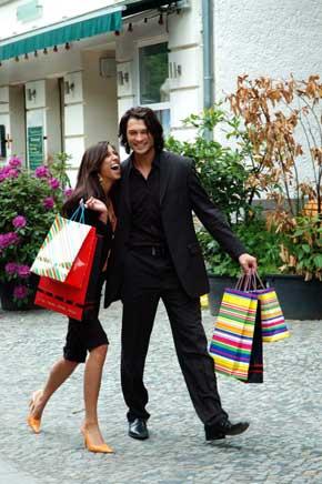 fashionable-couple-istock