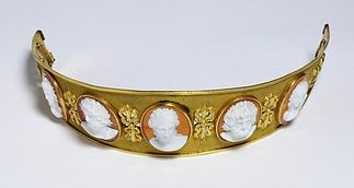 A c1810 French diadem of gilded metal, set with agate and onyx cameos of classical heads