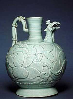 Northern Song (960-1127) 11th century Porcelain-like stoneware with céladon feldspathic glaze H: 20.5 cm  Musée Guimet