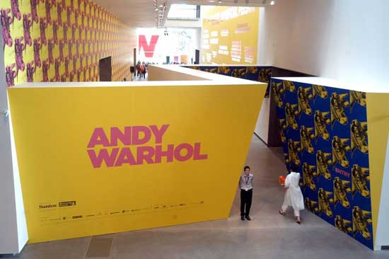 Wonderful Warhol, contemporary comments