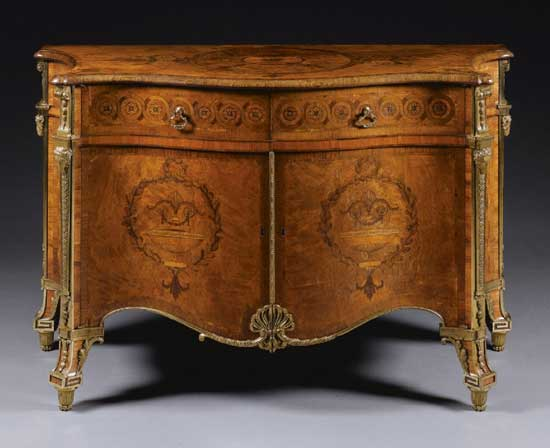 Result Lot 69 at Sotheby's – Commode by Chippendale