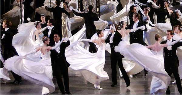 Dancing-Waltz