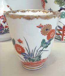 Meissen porcelain teacup, circa 1730