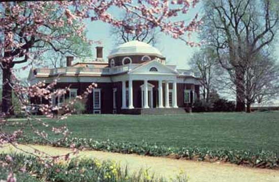 Monticello-with-Blossoms