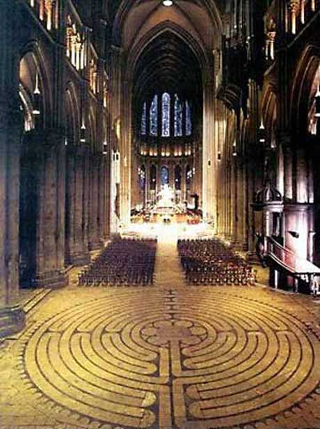 Walking a Labyrinth – Chartres Cathedral to Centennial Park