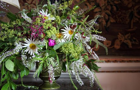 fashionable flower arrangements an english art perfected the