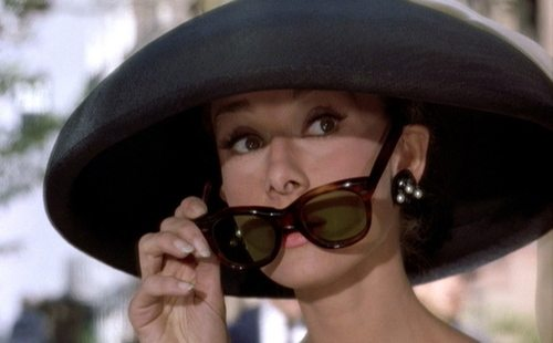 breakfast-at-tiffanys_audrey-hepburn_black-hat-sunglasses_large