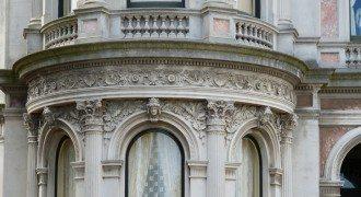 Sculpture & Balustrade