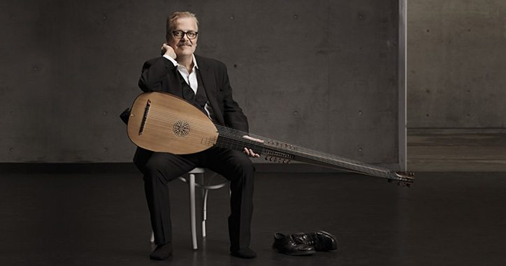 Tommie Andesrson Australia's leading specialist in lutes and early guitars