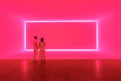 James Turrell, Raemar pink white 1969 Shallow space construction: fluorescent light, 440 x 1070 x 300 cm Kayne Griffin Corcoran, Los Angeles, California, Image: National Gallery of Australia