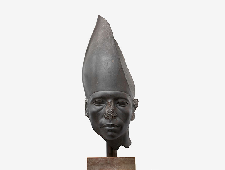 14-head-of-a-statue-of-amenemhat-iii