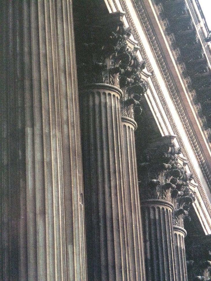 exterior-louvre-column-detail