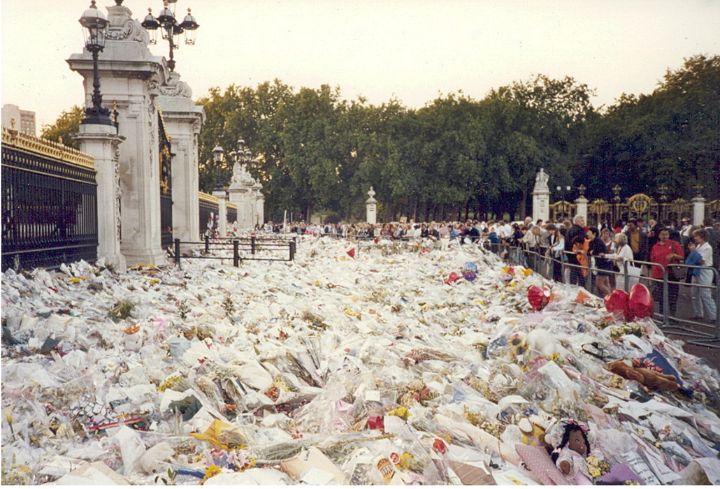 Flowers for Diana in London, September 1997