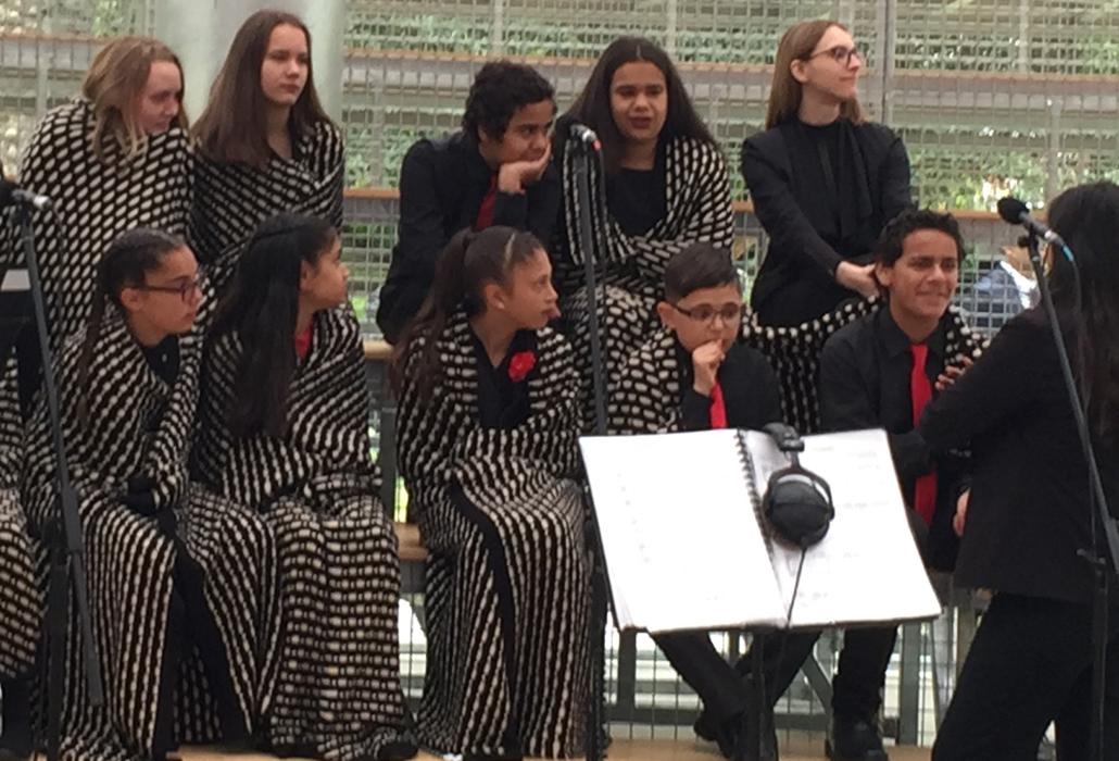 Singers wearing wraps